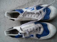 Prodám použité modro-bílé boty botas