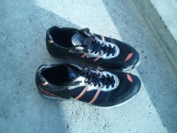 Běžecké boty s hřeby